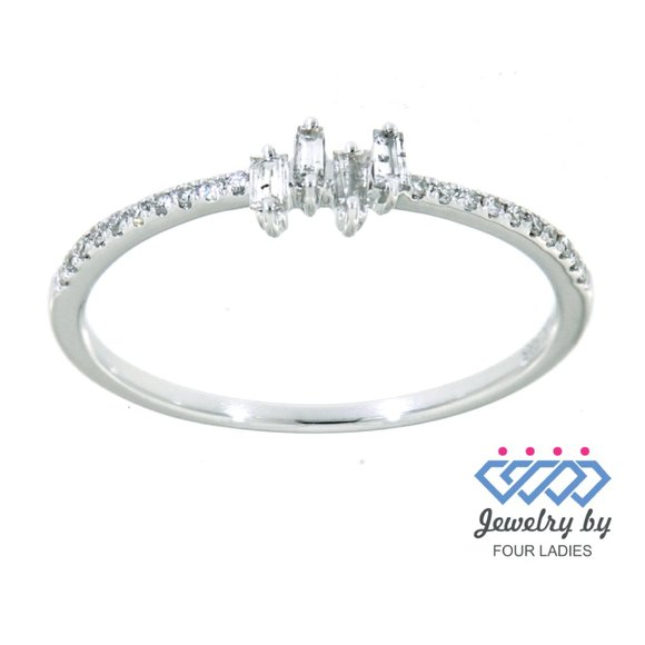 Natural Baguette Diamond Dainty Ring Jewelry - Natural Baguette Diamond Dainty Ring White Gold